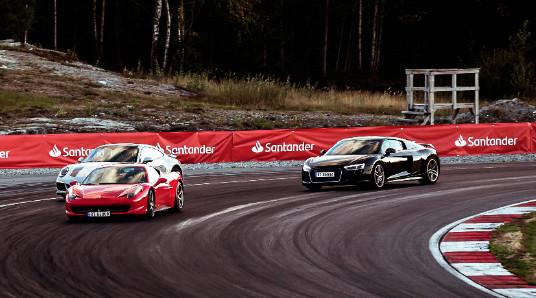 Kjør Supersportsbil på racerbane
