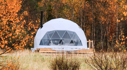 Dome Glamping for familien